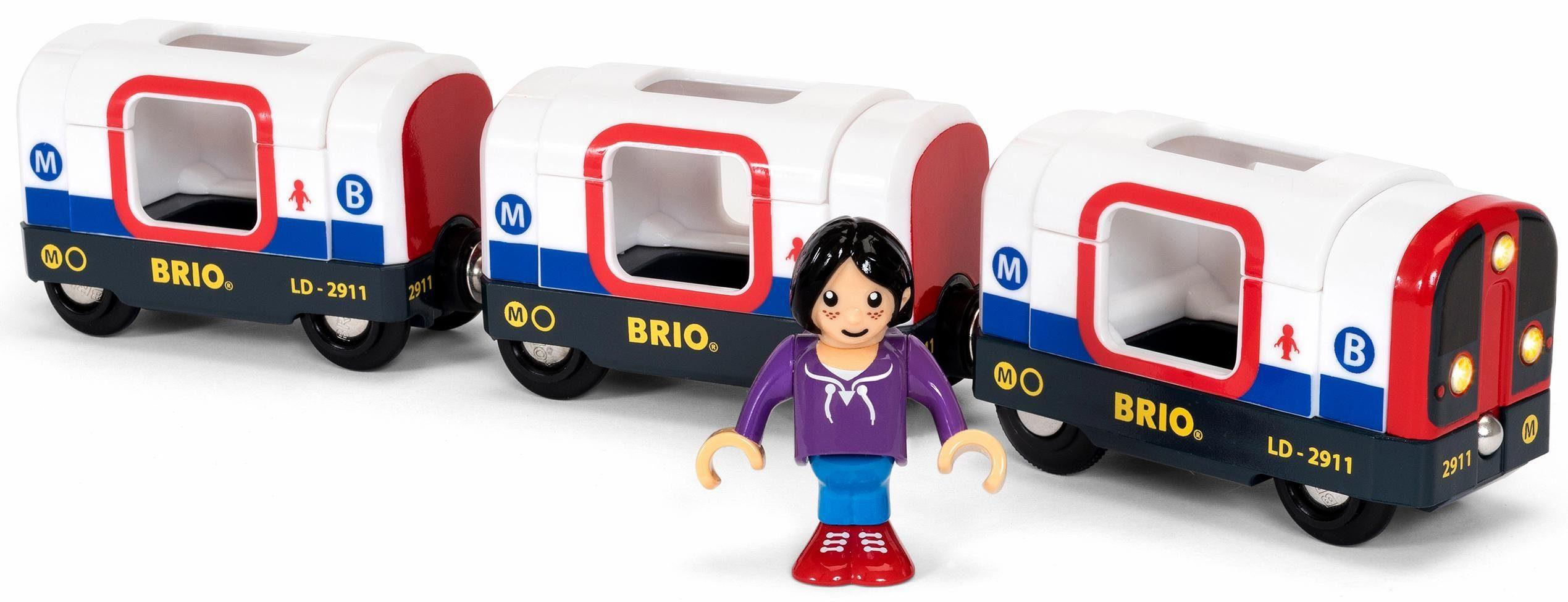 BRIO® Spielzeugeisenbahn, »Brio WORLD U-Bahn mit Licht und Sound«