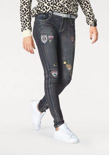 Blue Monkey Skinny-fit-Jeans, mit modischer Glanzbeschichtung und Badges