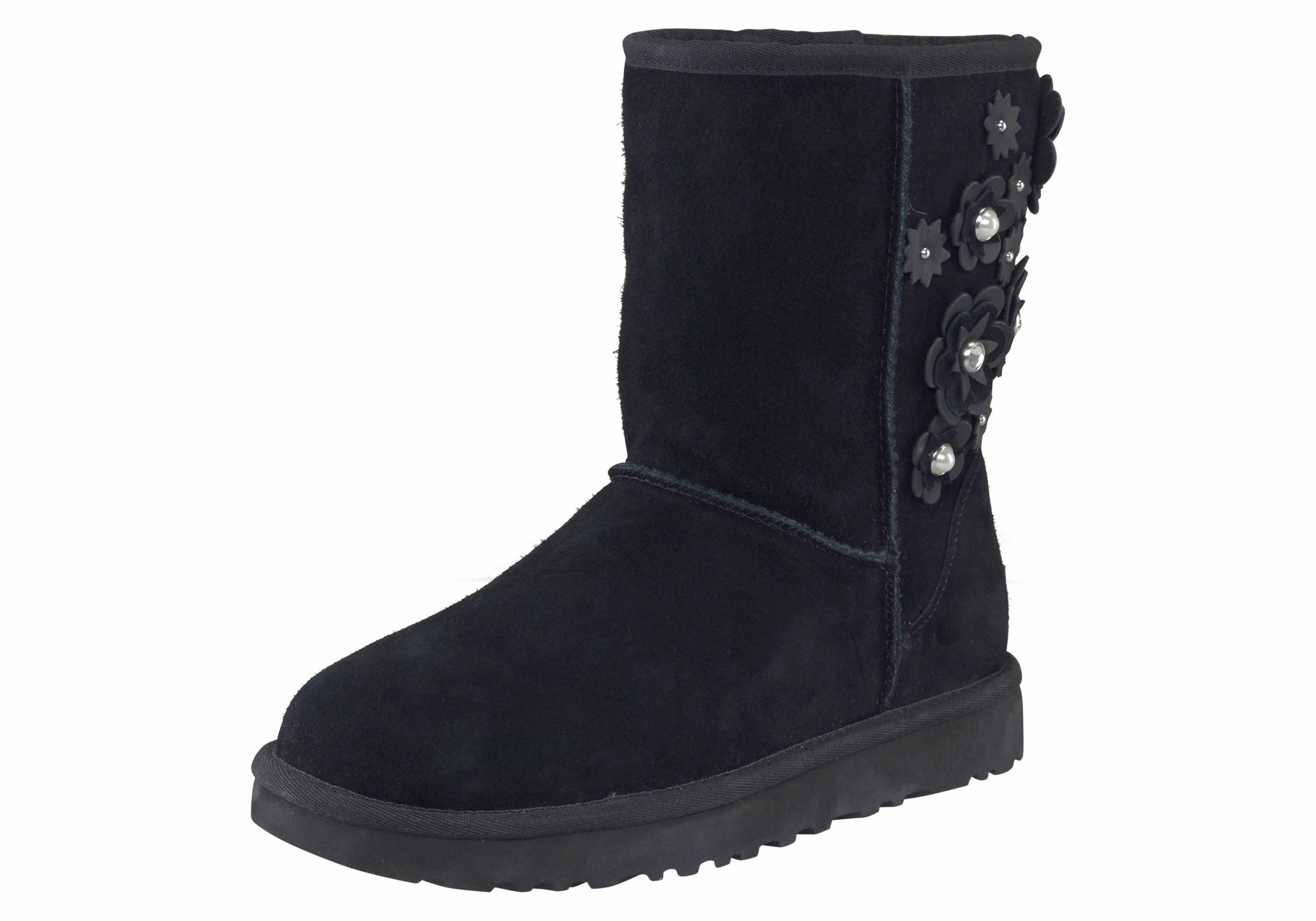 UGG »Classic Short Petal« Winterboots mit tollen Blüten-Applikationen | Schuhe > Boots > Boots | Schwarz | UGG