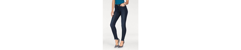 Arizona Skinny-fit-Jeans Bein mit Steppnaht vorn und Fransensaum, High-Waist