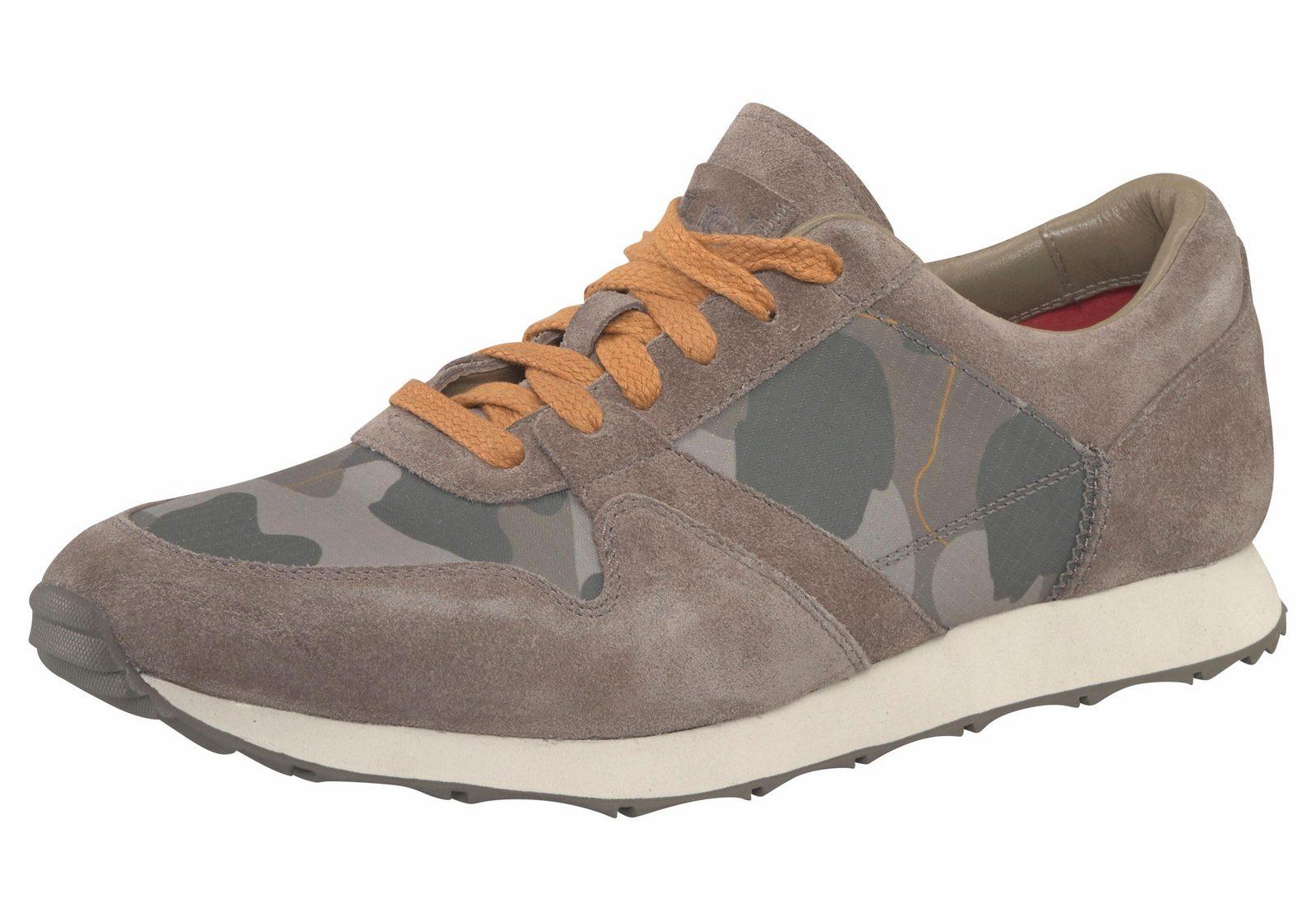 UGG »Trigo« Sneaker, im Material- und Mustermix