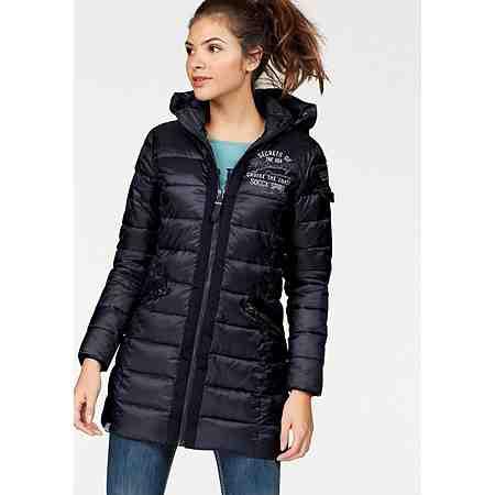 Damen-Wintermode: Entdecken Sie jetzt gut kombinierbare Winter-Styles...