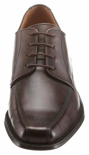 Lloyd Dover Lace Up, In Fashionable Form Karree