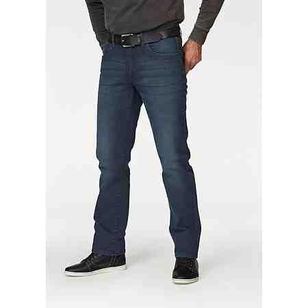 Diese Hosen können alles: OTTO präsentiert Jeans für Herren in großen Größen.