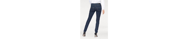 Jeans WOMAN gepflegter Gerade Optik in CLAIRE CLAIRE WOMAN Jeans Gerade BqwZc1FA