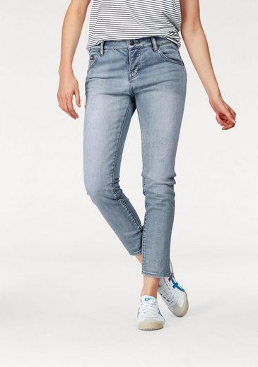 Superdry Girlfriend-Jeans RILEY, mit Destroyed-Effekten