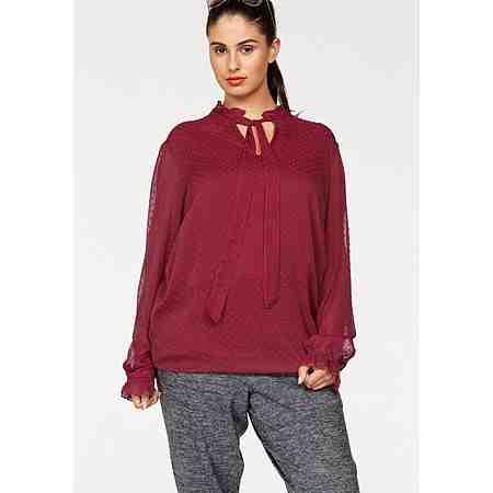 Von zünftig bis seriös: Hier  Sie eine große Auswahl an Blusen in großen Größen!