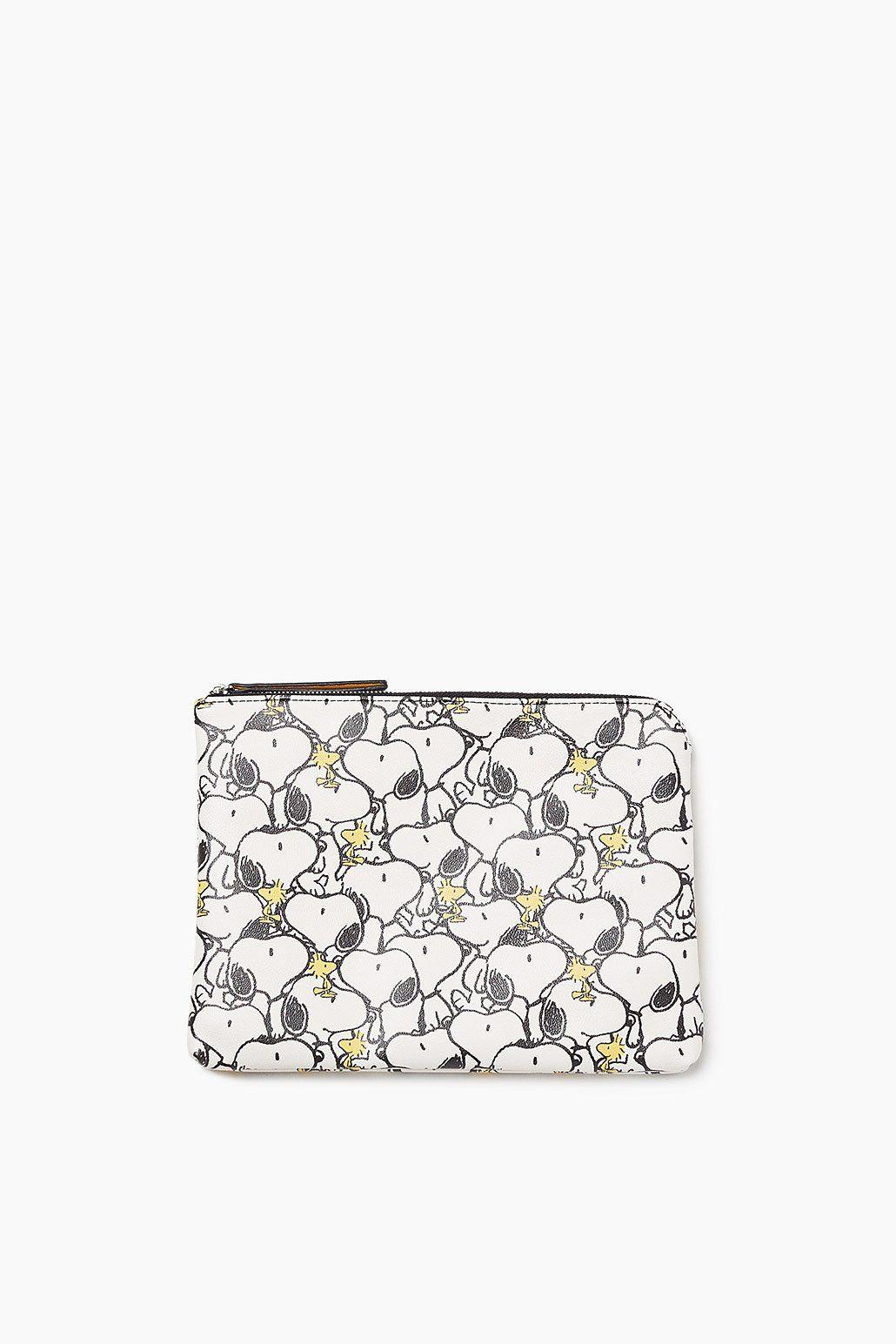 ESPRIT CASUAL Zipper-Clutch mit Snoopy-Print