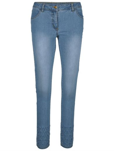 Alba Moda Jeans mit Lochstickerei