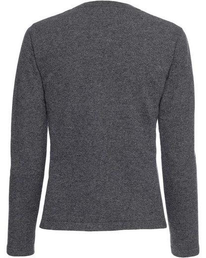 High Moor Sweater Around Neck