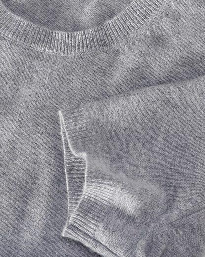 Brigitte von Schönfels Cashmere-Pullover mit Halbarm