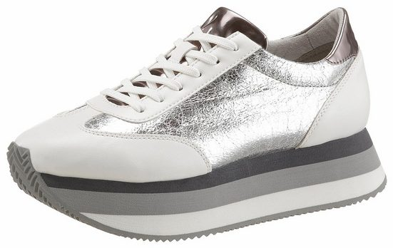 Tamaris Plateau Sneaker, With Eye-catching Sole
