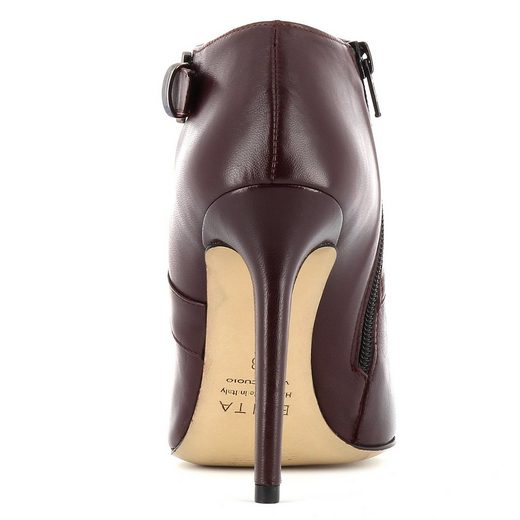 Evita MIA Pumps