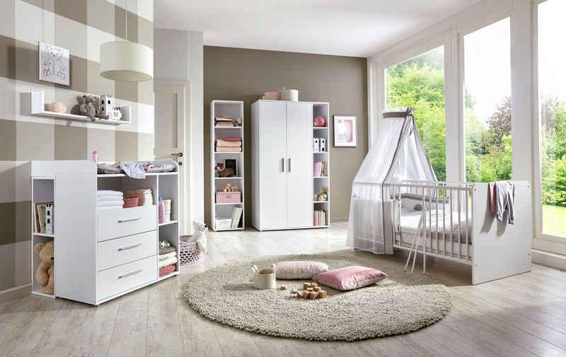 BMG Babyzimmer-Komplettset »Luis«, (Set, 7-St), Bett + Wickelkommode + 2-trg. Schrank + Standregal + Unterstellregal (Set 2-tlg) + Wandboard