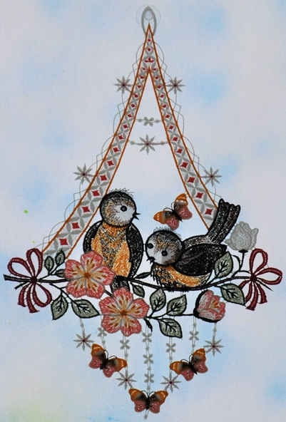 Stickereien Plauen Fensterbild »Vögel mit Schmetterling«