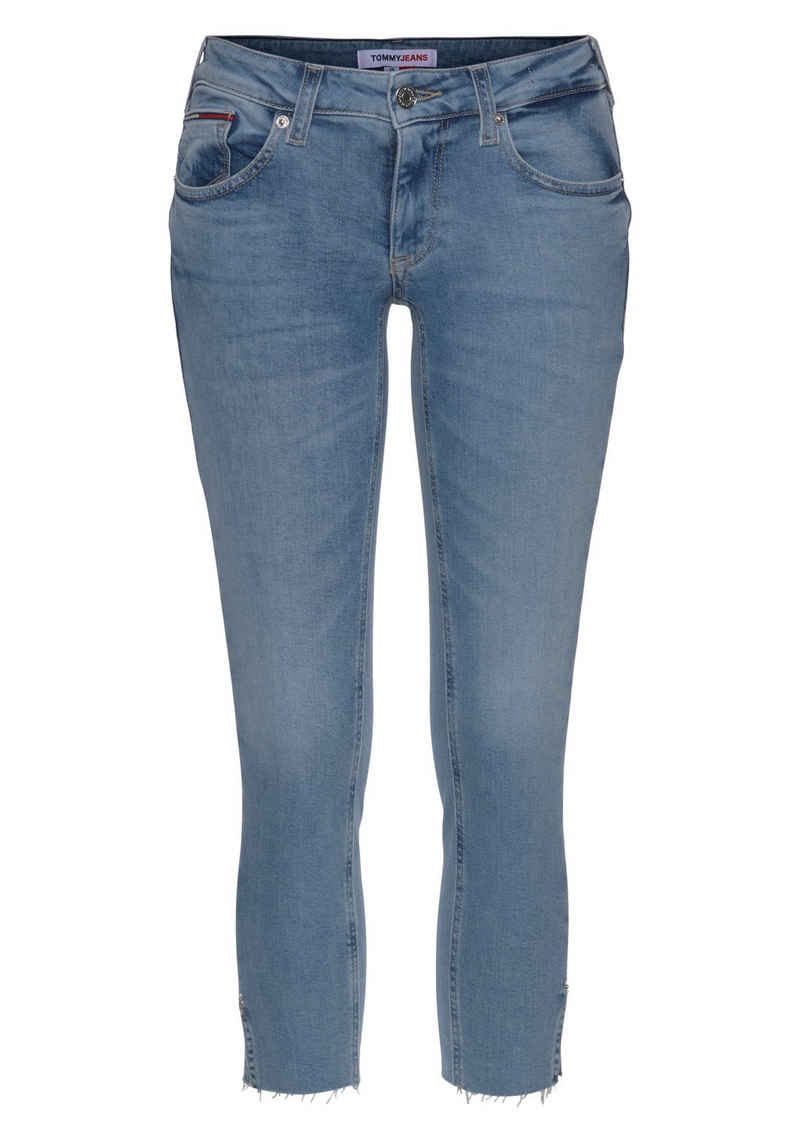 Tommy Jeans Skinny-fit-Jeans »SOPHIE LR SKNY AE114 ELBS« mit leichten Faded-out & TommyJeans Logo-Badge