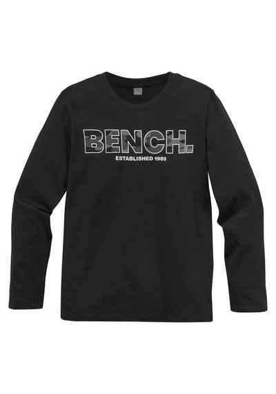 Bench. Langarmshirt