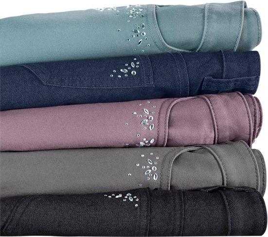 Jeans Dame Avec Cousu Sur Des Pierres Précieuses