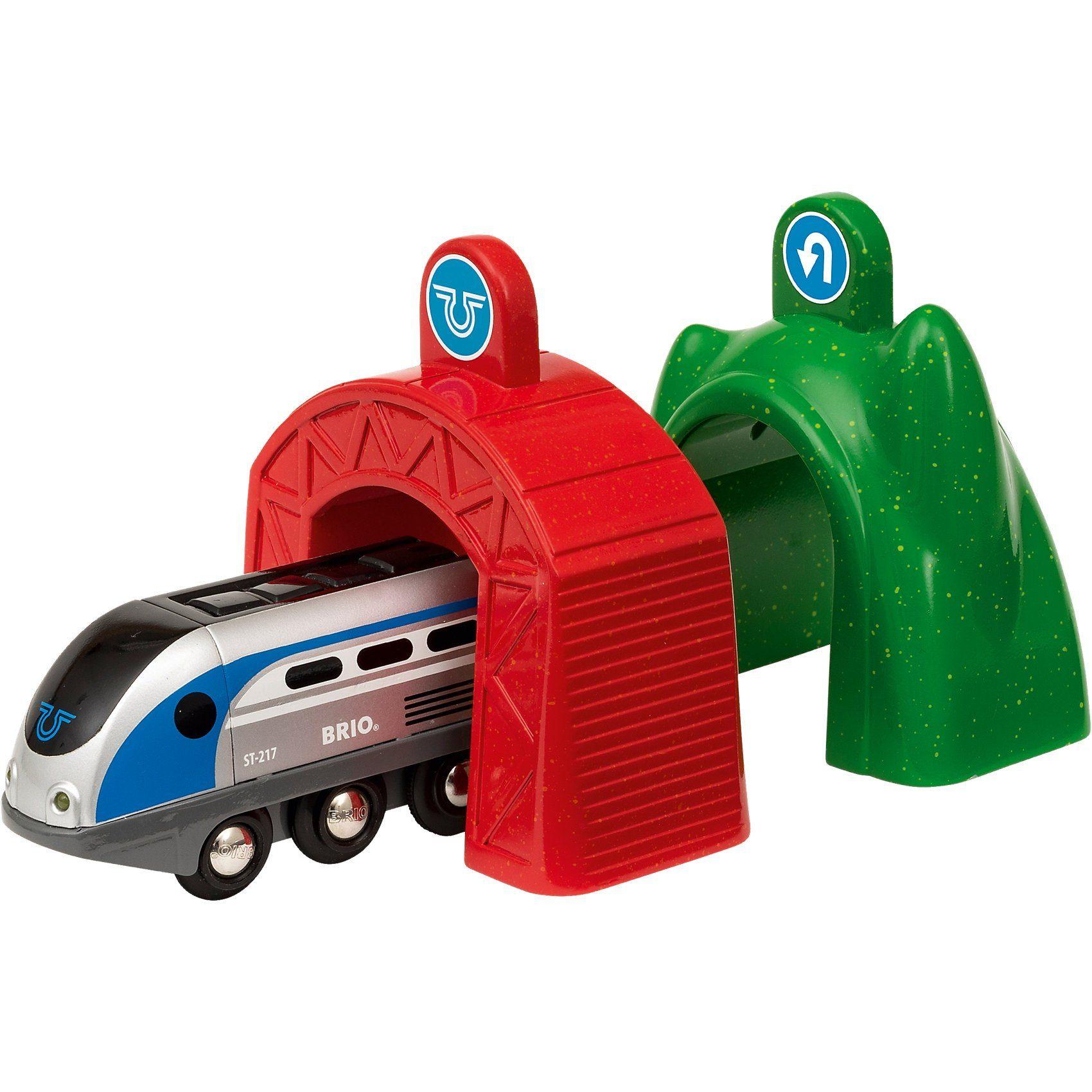 BRIO Smart Tech Zug mit Action Tunnels