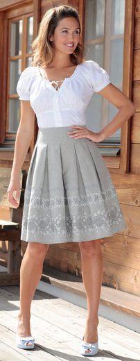 Country Line Costume Skirt With Basement Fold
