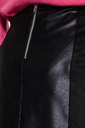 ESPRIT Minirock aus Material-Mix in Leder-Optik