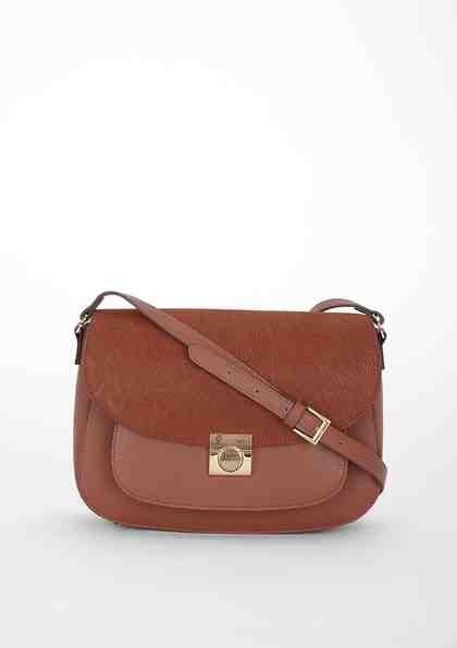 s.Oliver BLACK LABEL Saddle Bag mit weichem Umschlag