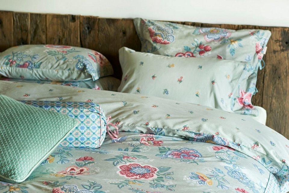 dekokissen pip studio berry bird im blumendesign. Black Bedroom Furniture Sets. Home Design Ideas