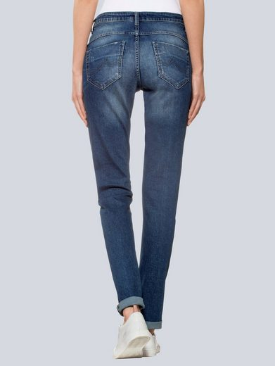 Alba Moda Jeans mit Nietenapplikationen in Herzform
