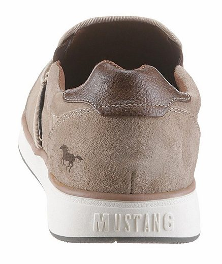 Mustang Shoes Slipper, mit markanter Blattnaht
