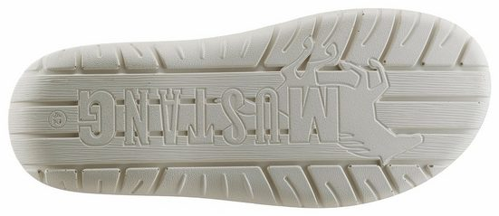 Mustang Shoes Clog, mit Perforierung und Cut-Outs
