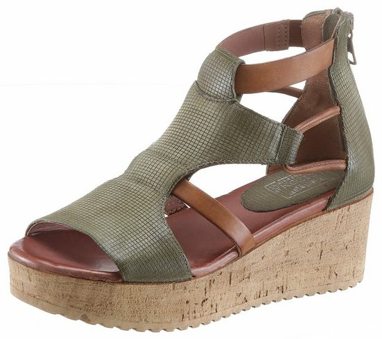 Arizona Sandalette, im trendigen Used-Look