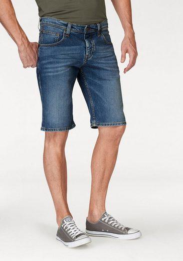 MUSTANG Shorts aus Materialmix