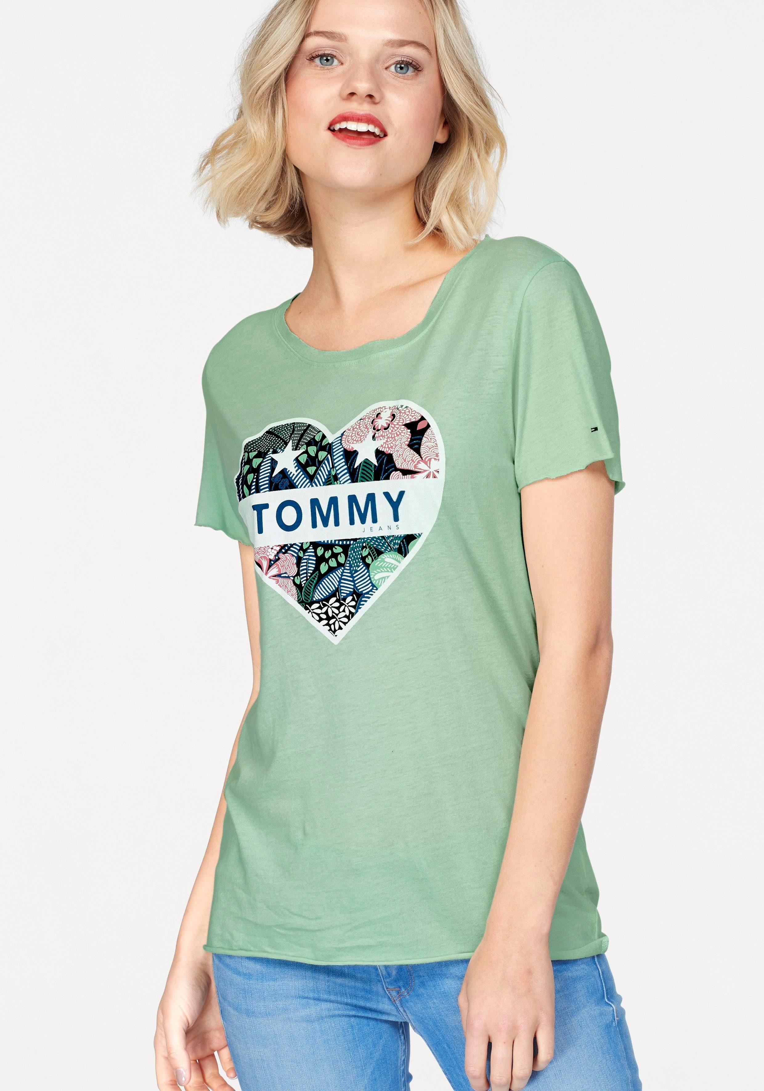 TOMMY JEANS T-Shirt, mit herzförmigem Frontprint  mint