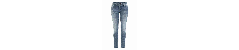 Mavi Jeans Skinny-fit-Jeans SERENA, mit leichten Destroyed Effekten