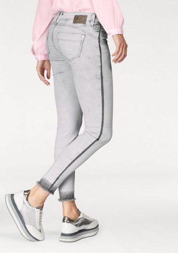 GANG Skinny-fit-Jeans Nena, mit ausgefranstem Beinabschluss