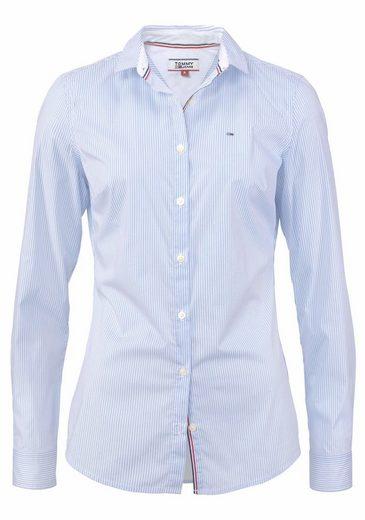 TOMMY JEANS Klassische Bluse, mit Logo-Stickerei
