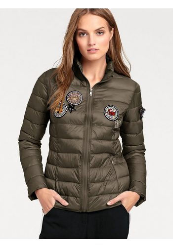 Damen heine STYLE Steppjacke mit Patches grün | 04251297613015