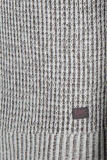 Pullover Industries Pétrolières
