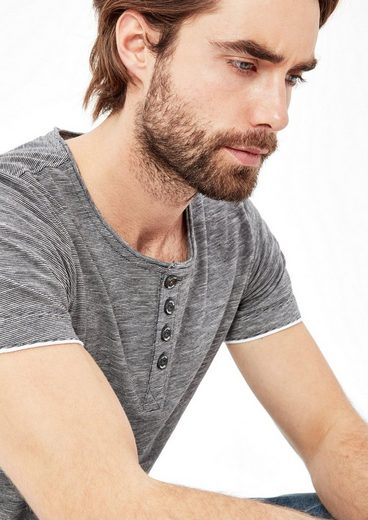 s.Oliver RED LABEL Fein gestreiftes Henley-Shirt