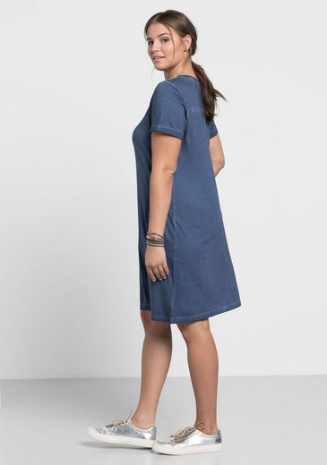 sheego Casual Shirtkleid, Mit zwei Eingrifftaschen vorn