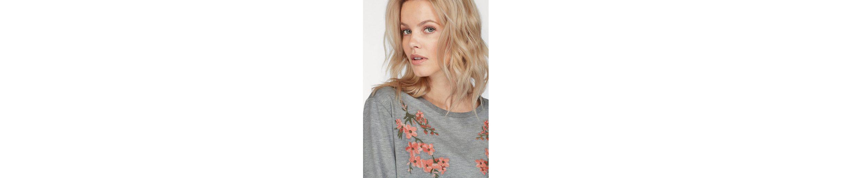 b.young Sweatshirt Tami Flower, mit aufwendiger Blumen Stickerei vorne