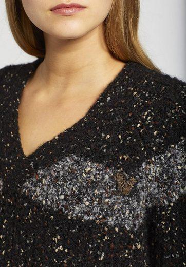 khujo V-Ausschnitt-Pullover AIMANA, mit V-Ausschnitt
