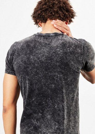 Q/S designed by Jerseyshirt mit rockigem Print