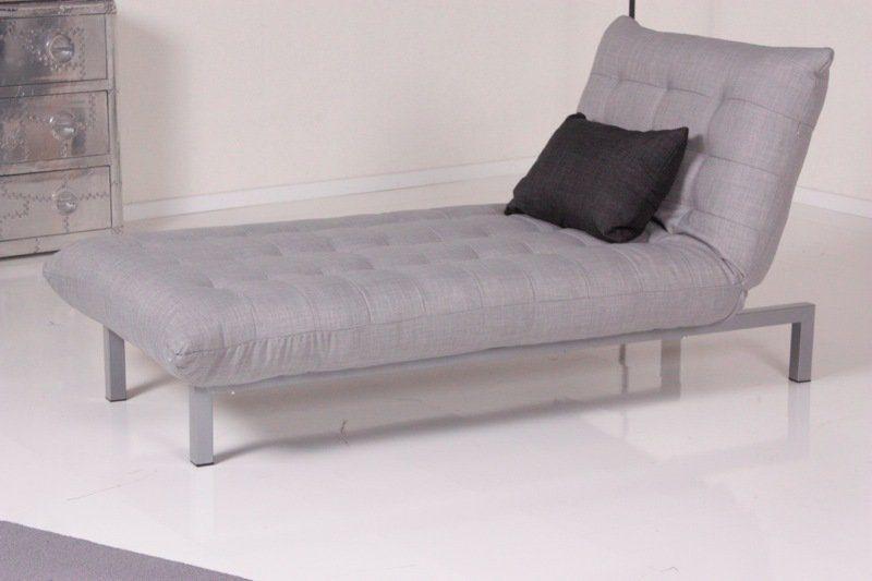 Kasper-Wohndesign Relax Liege Spirit Stoff hellgrau mit dunkelgrauem Kissen »KAWOLA«