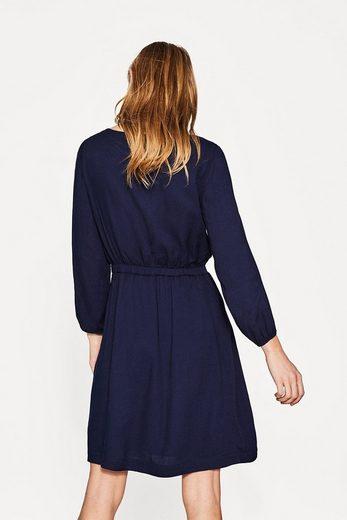 ESPRIT Fließendes Kleid mit Taillen-Tunnelzug