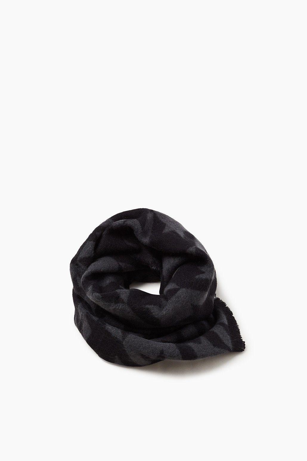 ESPRIT CASUAL Schal mit markantem Hahnentritt-Muster