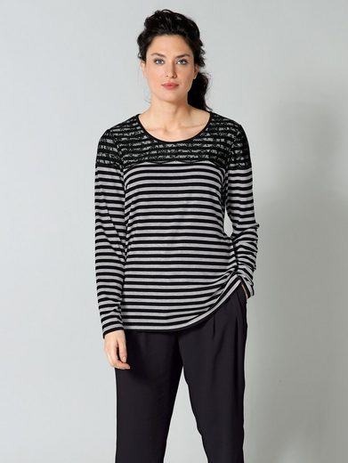 Sara Lindholm By Happy Size Shirt Streaked With Lace