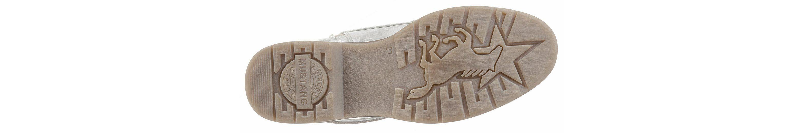 Mustang Shoes Schnürstiefelette, mit zartem Metallic-Schimmer