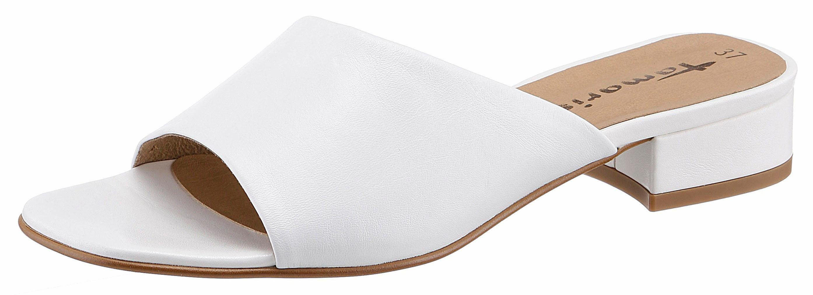 Tamaris Pantolette, mit sportiver Sohle, weiß, EURO-Größen, weiß-silberfarben
