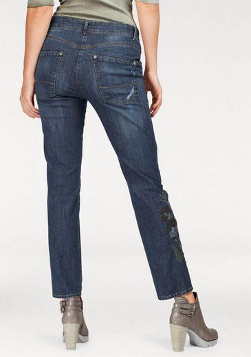bianca Slim-fit-Jeans »Shape« mit Stickerei am Bein